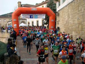 Salida de la Carrera Popular de Yeste (Foto: Paco Villaescusa)