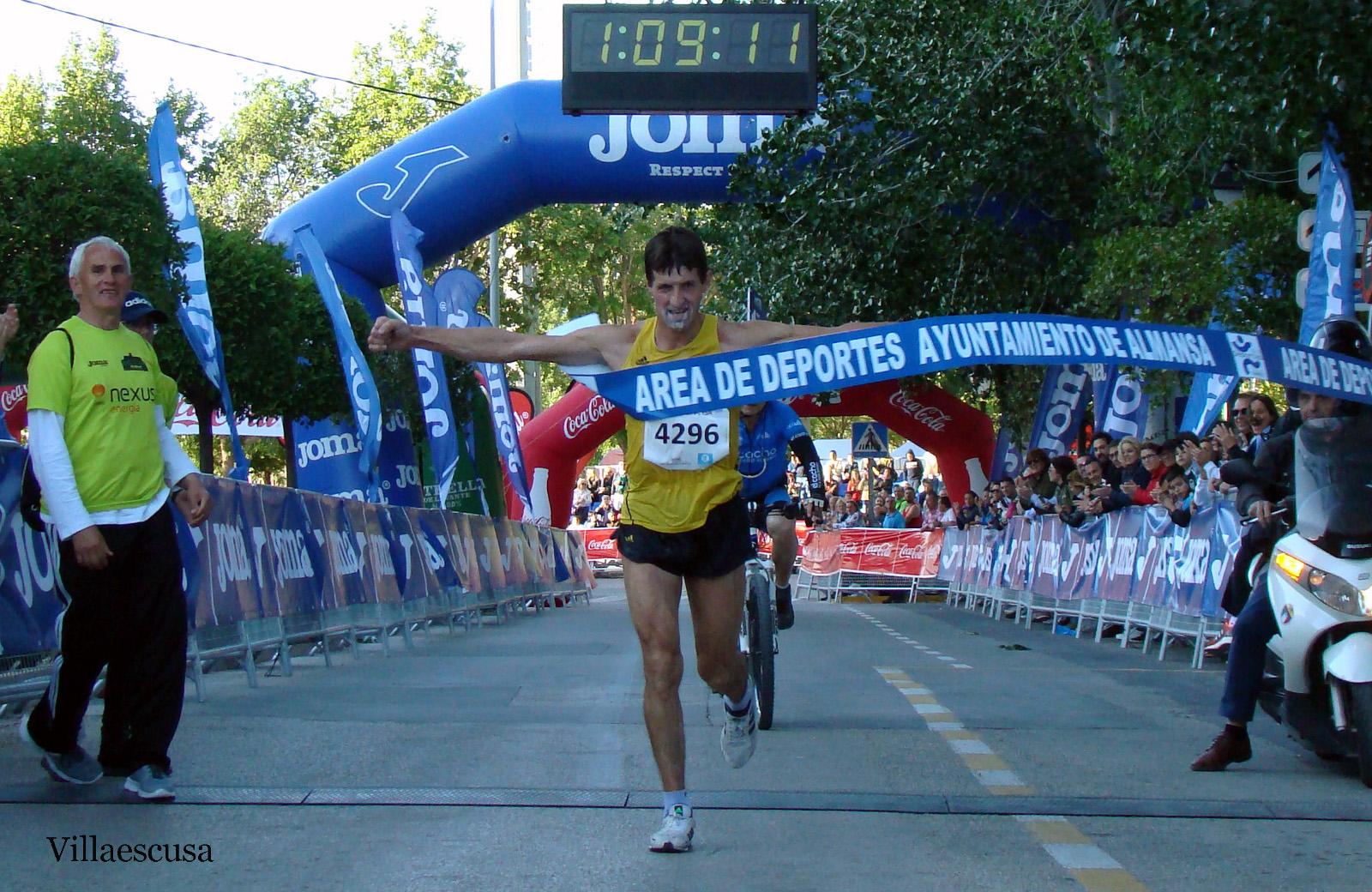 Andrés Micó en la XX Media Maratón de Almansa 2019