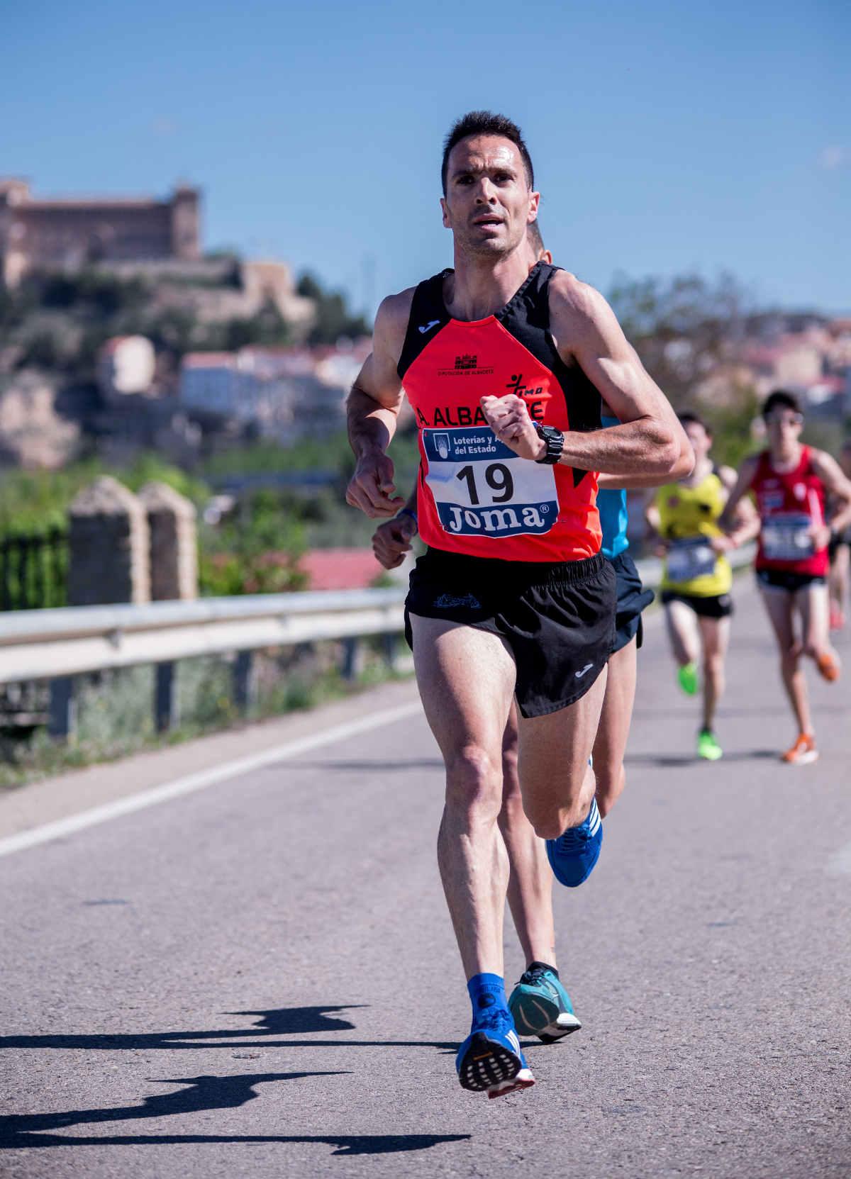 El atleta albaceteño Antonio Cantos