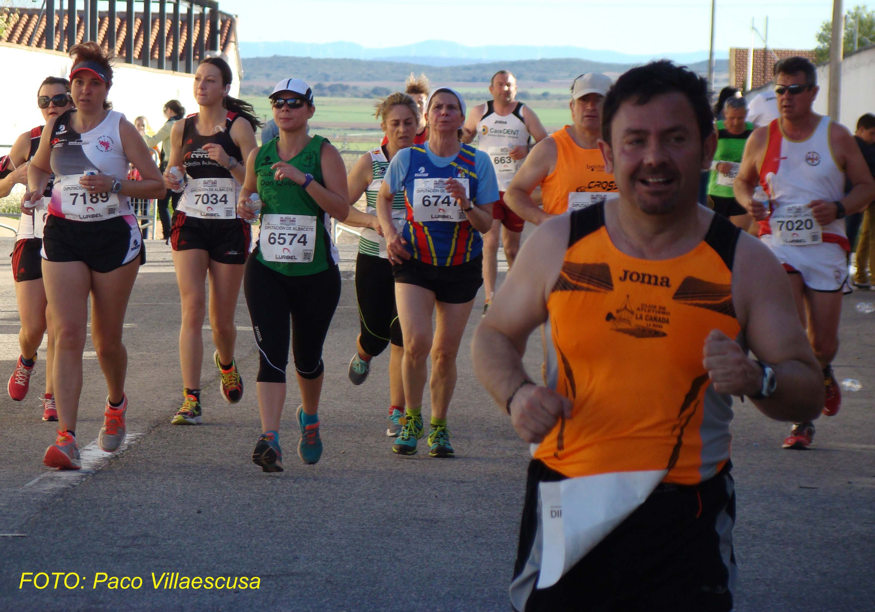 Atletas populares en Barrax 2 (Foto: Paco Villaescusa)