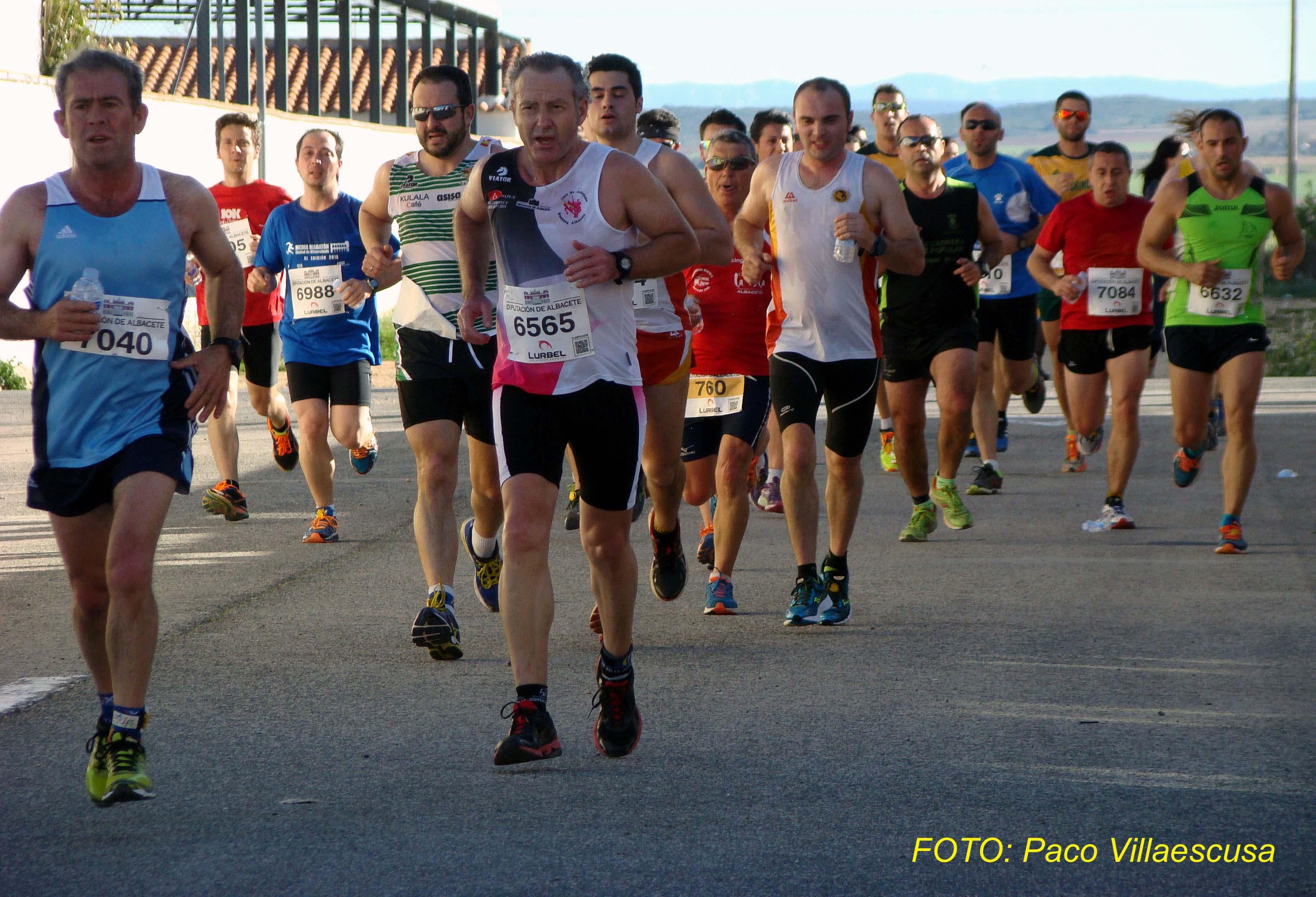 Atletas populares en Barrax 3 (Foto: Paco Villaescusa)