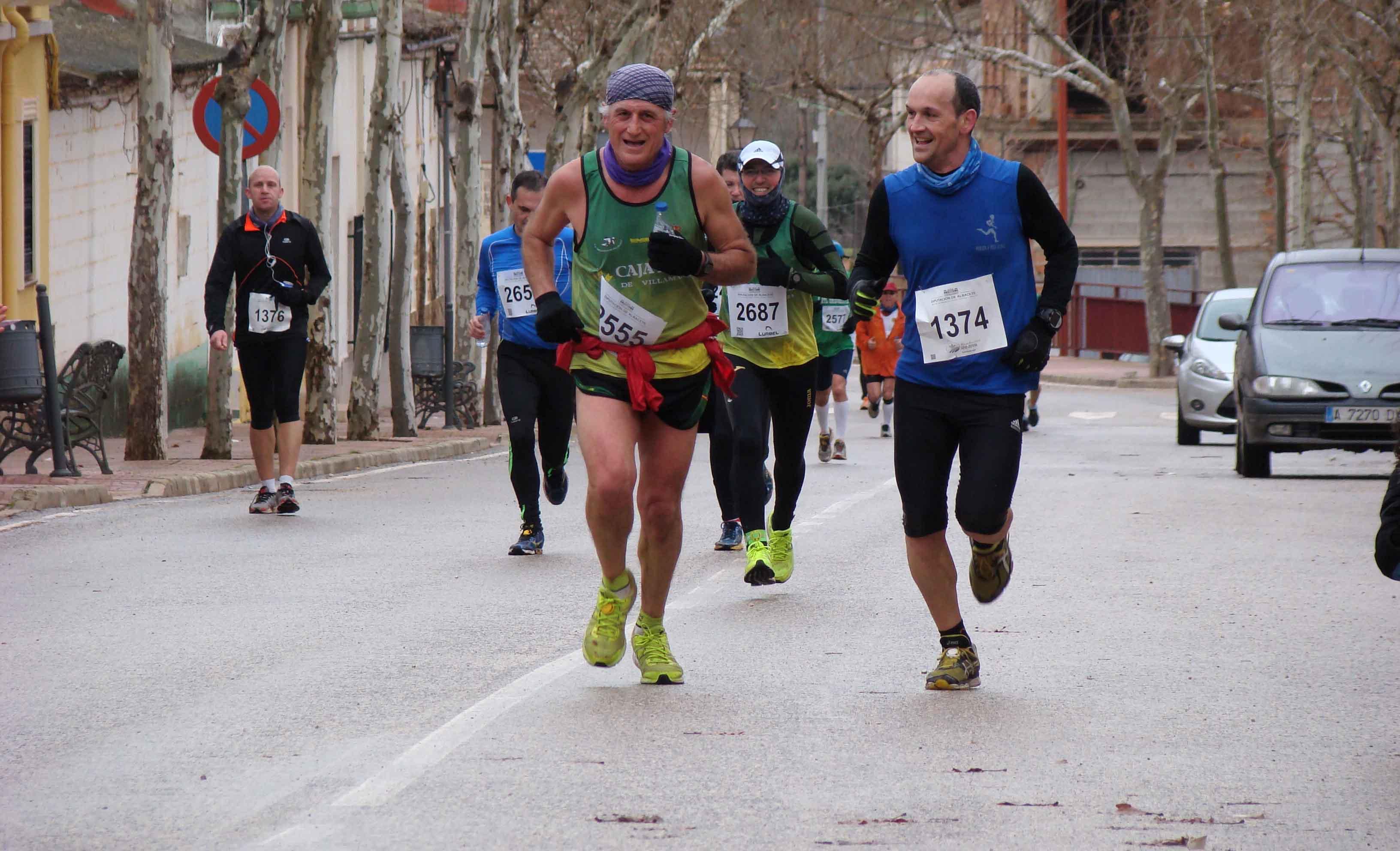 Atletas populares en Bierservida (Foto: Paco Villaescusa)