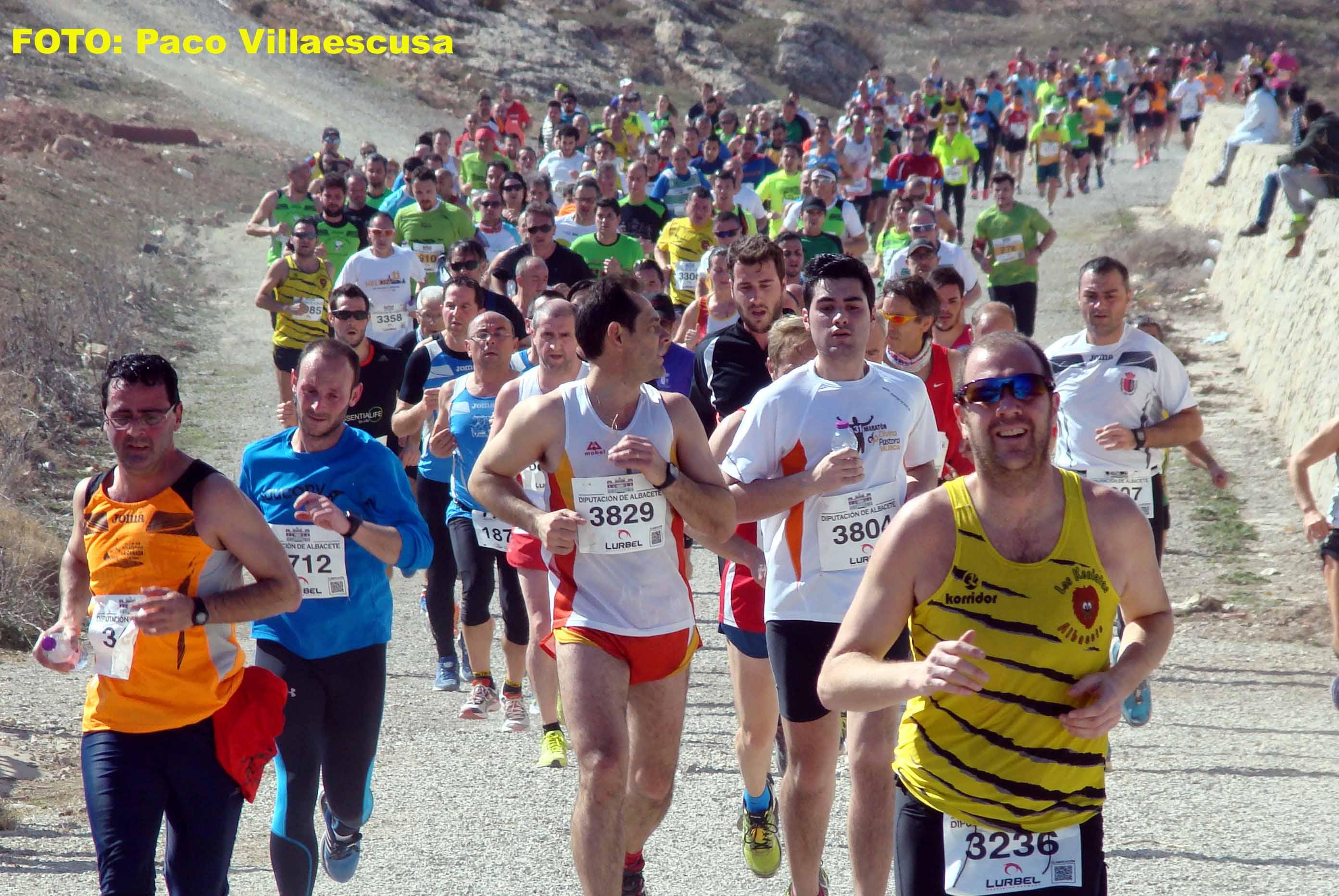 Atletas populares en Fuentealbilla 3 (Foto: Paco Villaescusa)