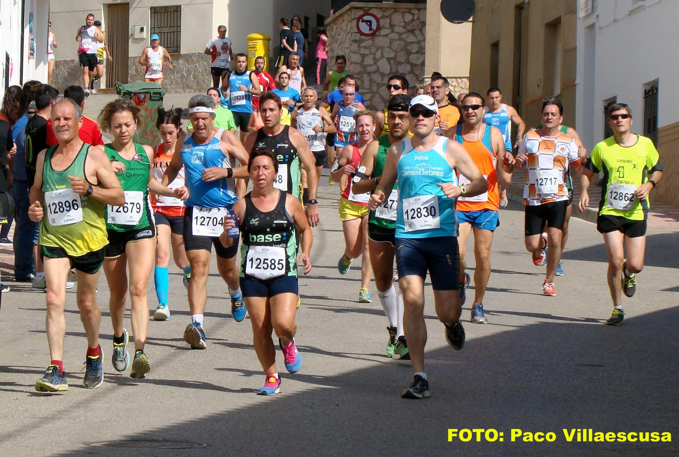 Atletas populares en Higueruela (Foto: Paco Villaescusa)