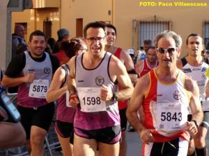 Atletas populares en Madrigueras (Foto: Paco Villaescusa)
