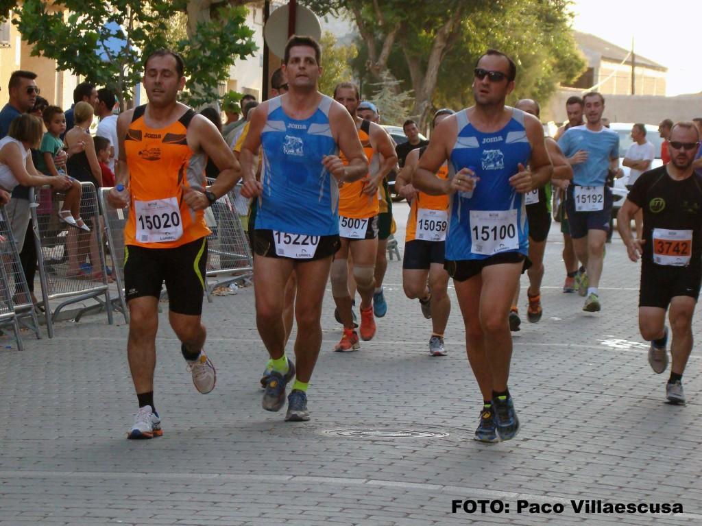 Atletas populares en Mahora (Foto: Paco Villaescusa)