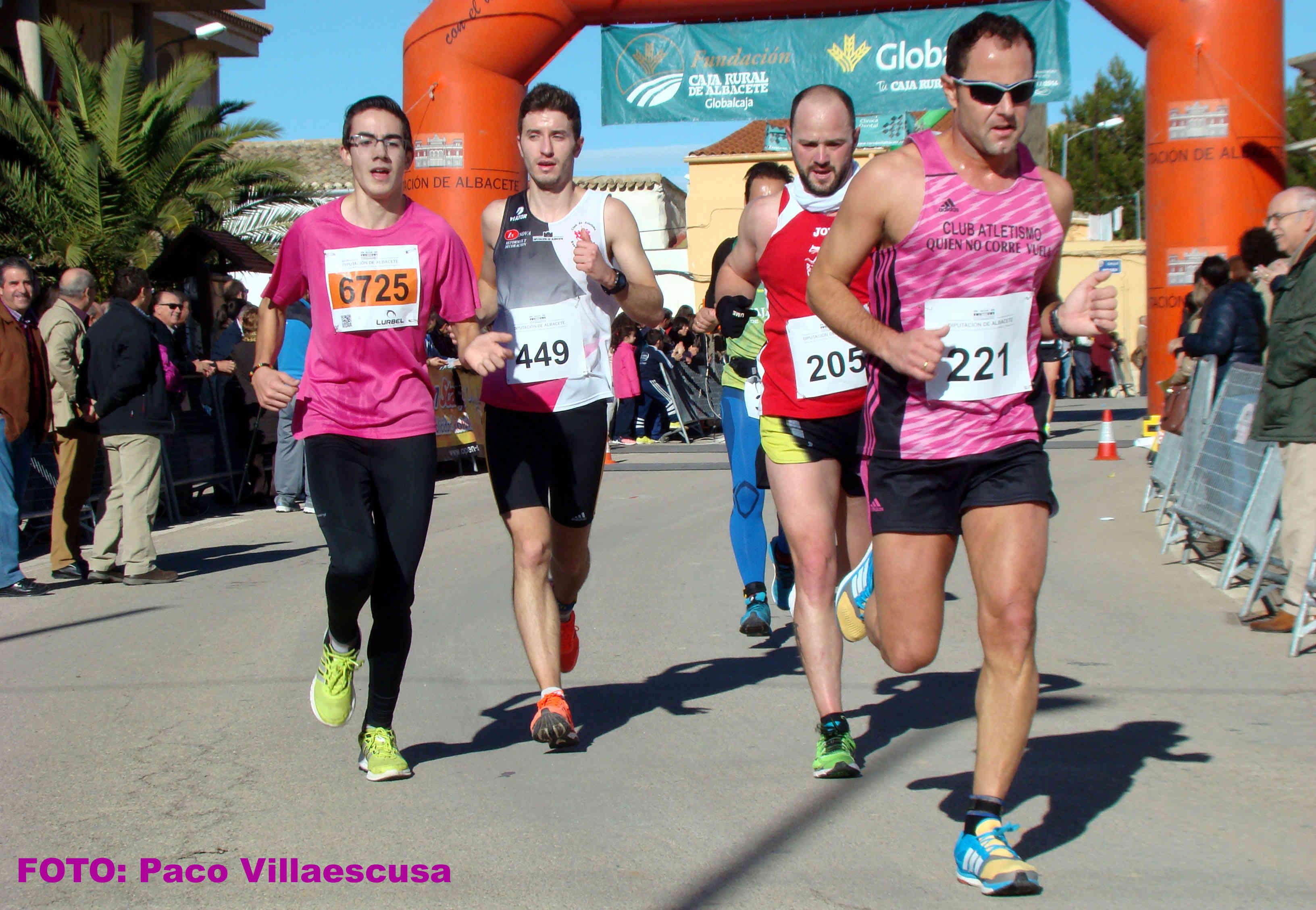 Atletas populares en Navas de Jorquera (Foto: Paco Villaescusa)