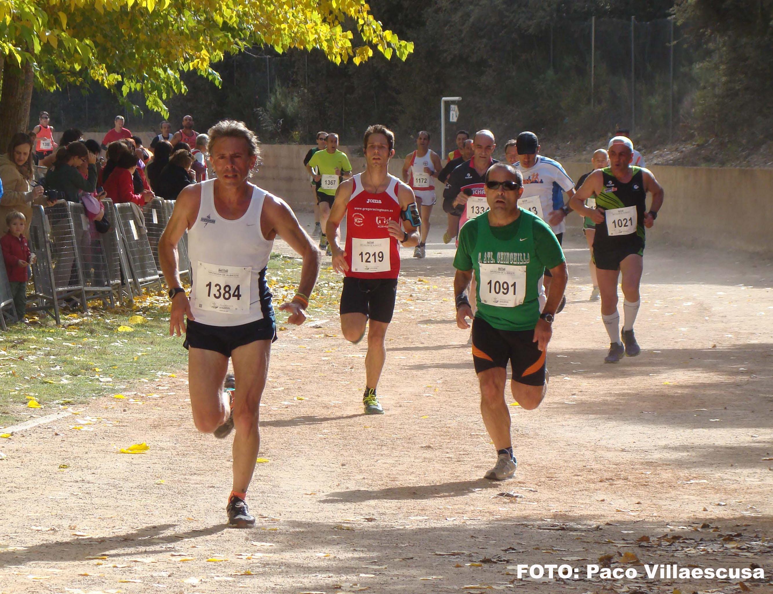 Atletas populares en Ossa de Montiel (Foto: Paco Villaescusa)