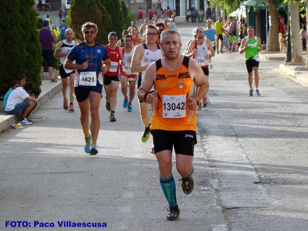 Atletas populares en San Pedro (Foto: Paco Villaescusa)