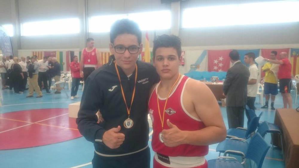 Carlos Martínez y su rival