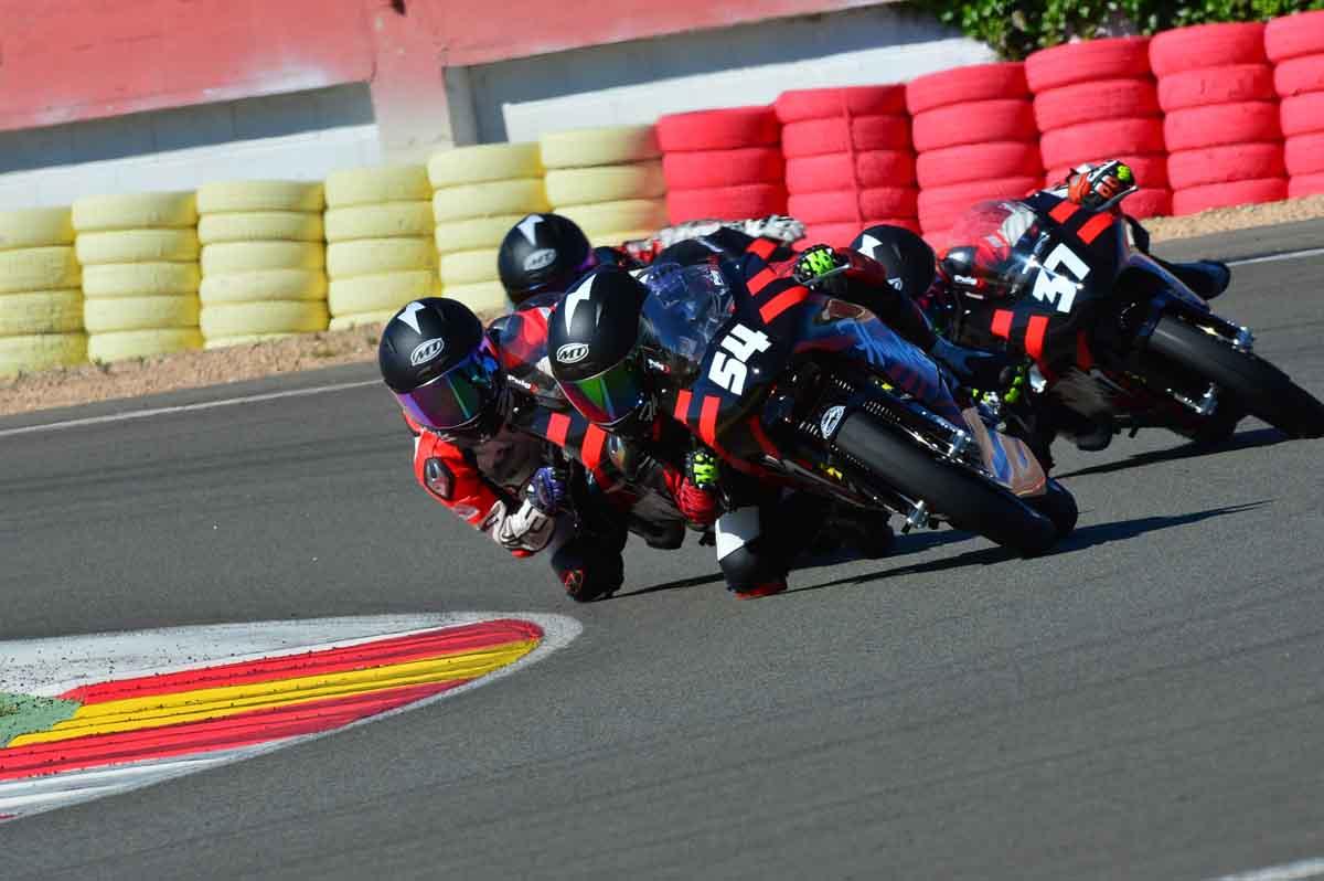 Carrera Hawkers en el Campeonato Interautonómico de Velocidad (Foto: Fernando Sotoca)