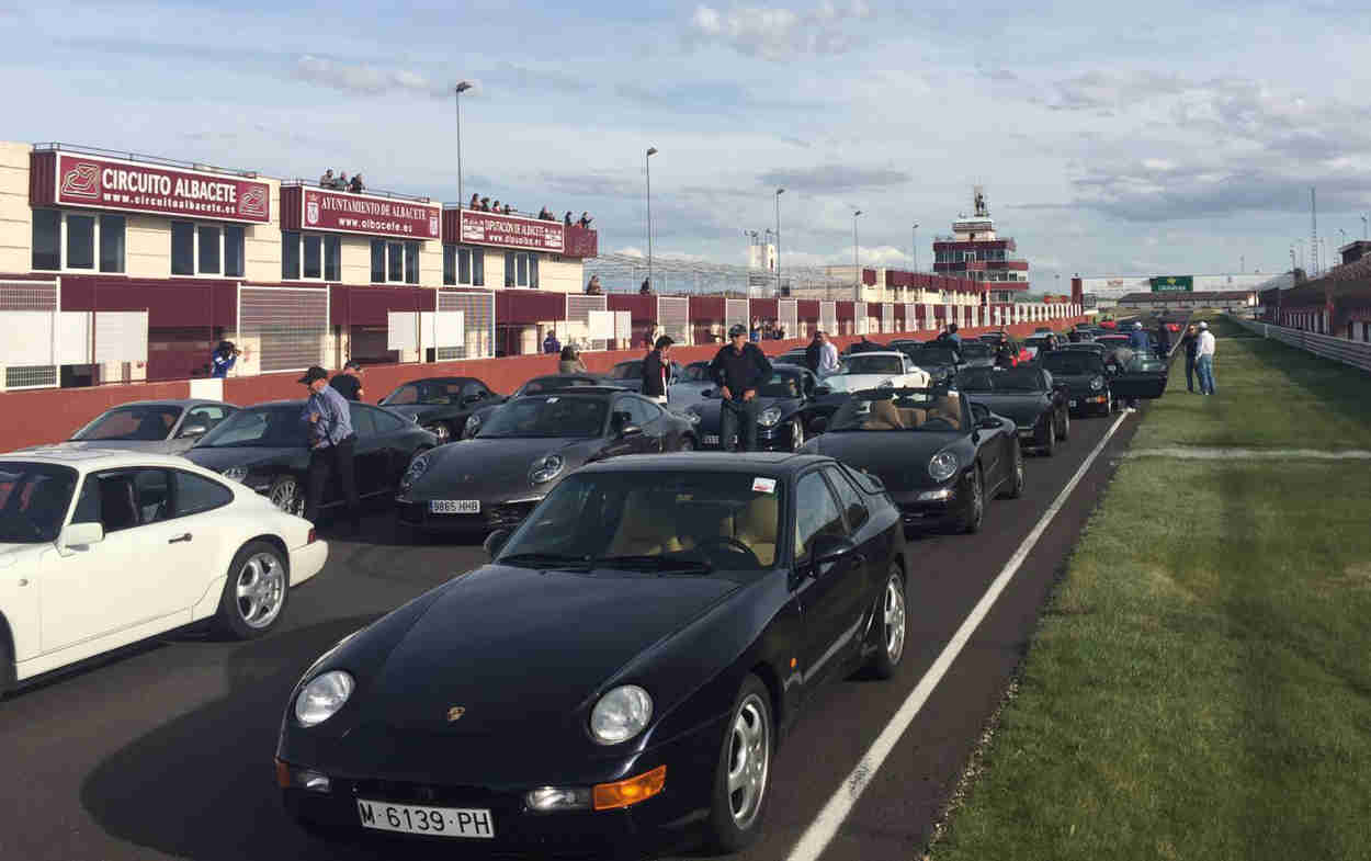 Concentración Porsche en Albacete