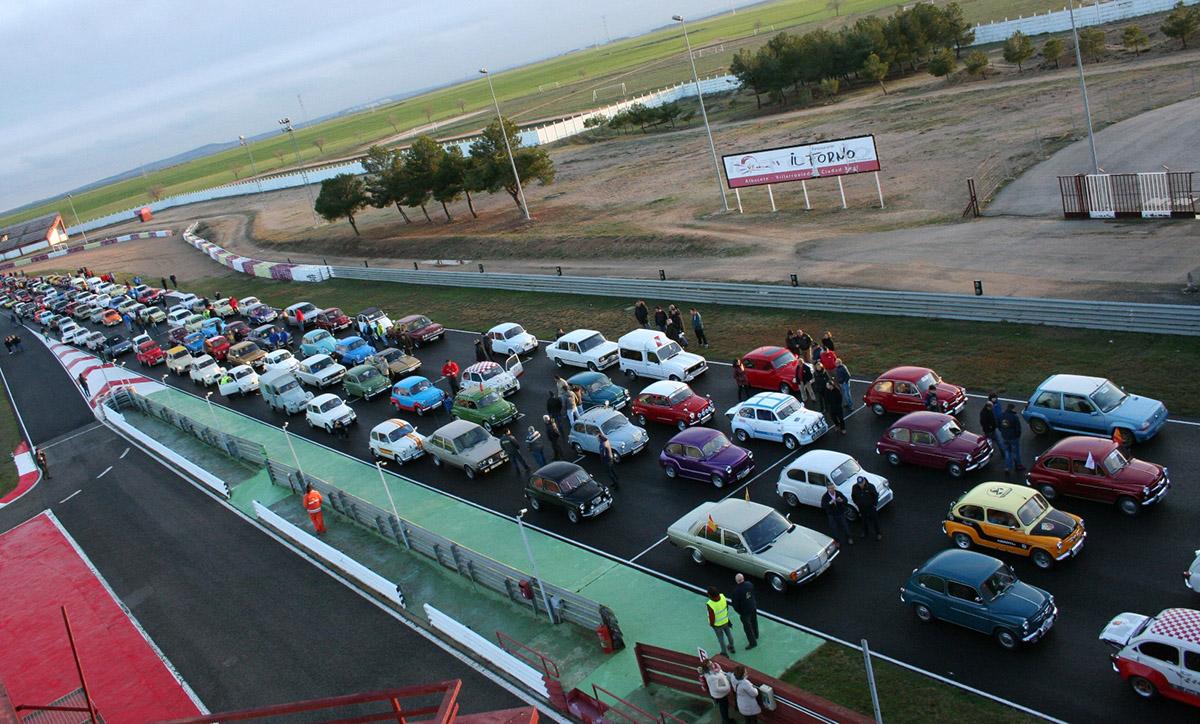 Concentración SEAT 600 en Albacete
