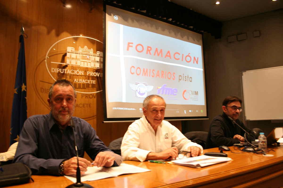 Curso de Formación para Comisarios de Pista