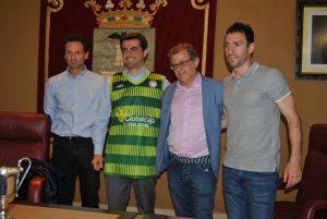 El alcalde de Albacete recibe a los integrantes del Albacete Basket