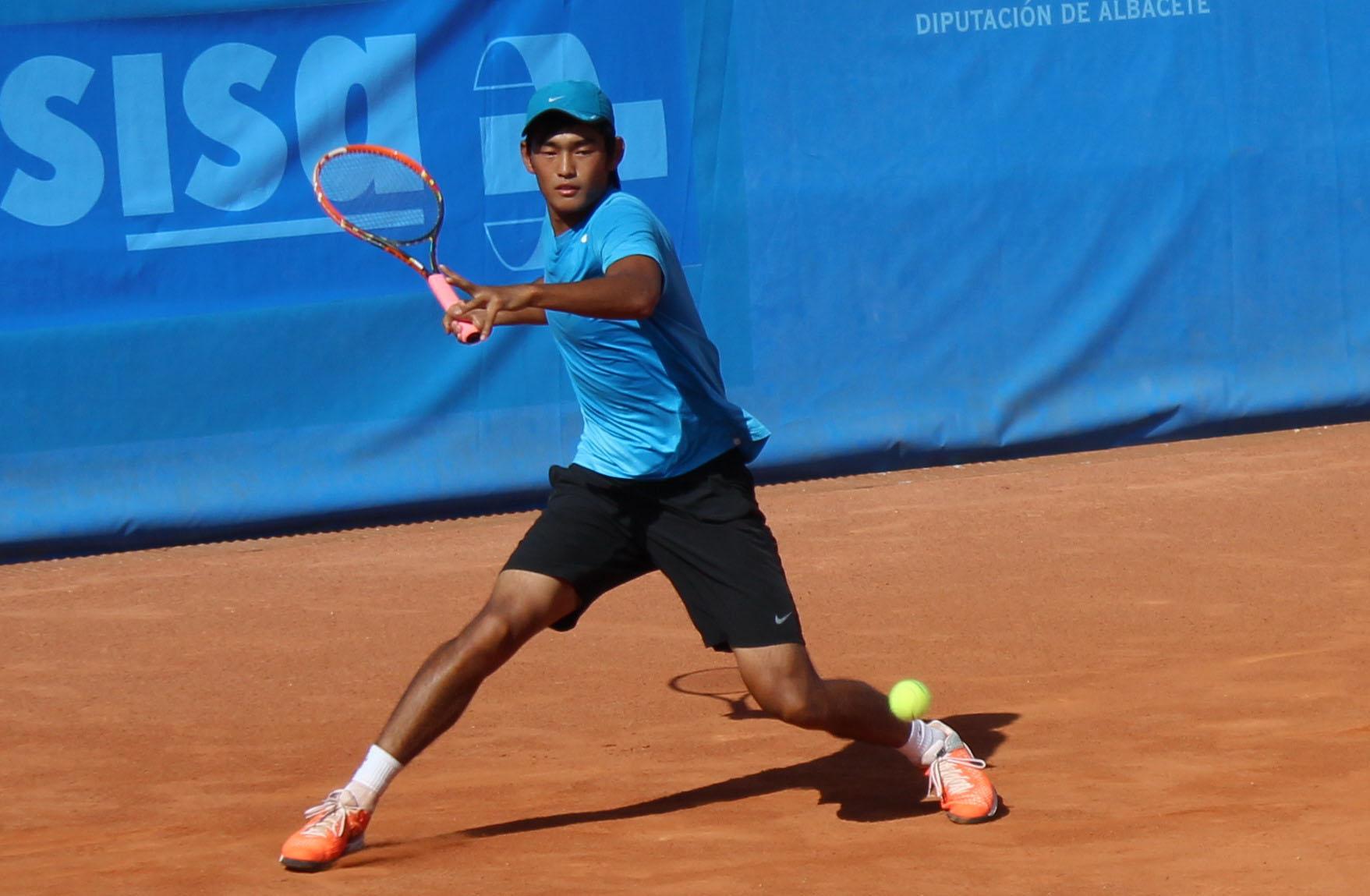 El tenista chino Siu Liyu durante su partido en el Trofeo Ciudad de Albacete