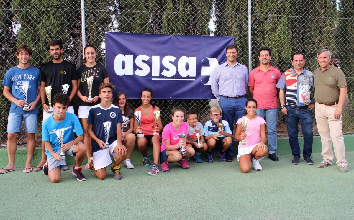 Entrega de premios del III Circuito Asisa de Tenis