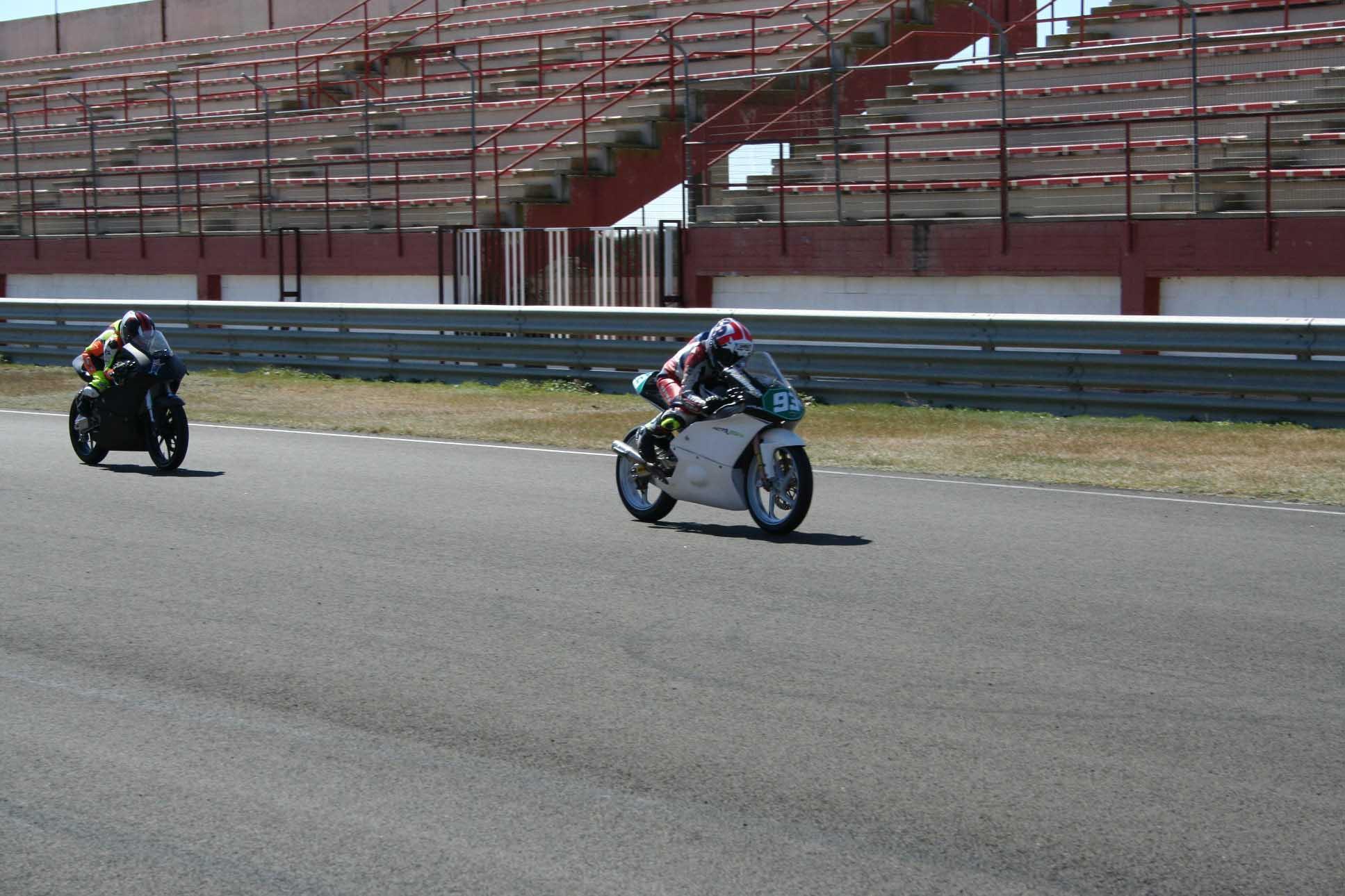 Albacete Circuit : Los pilotos apuran la pretemporada en el circuito de velocidad de