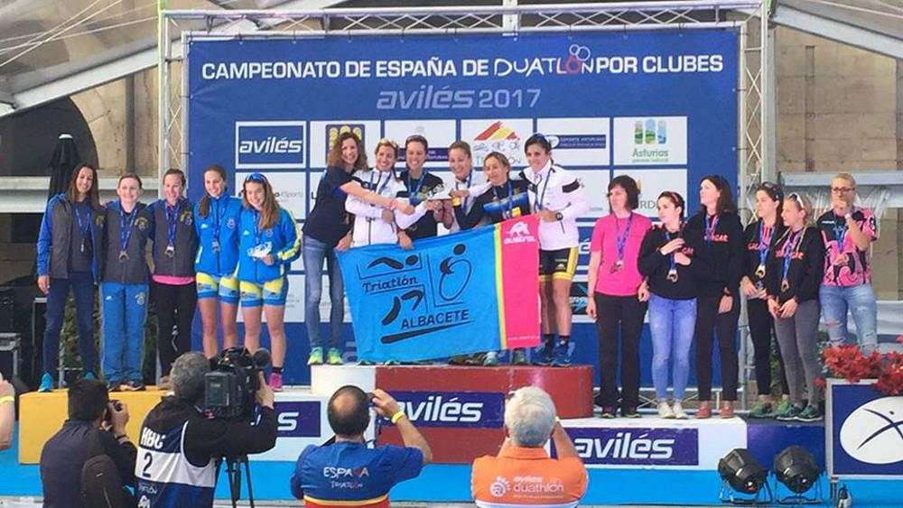 Equipo femenino del CD Casman Triatlón Albacete