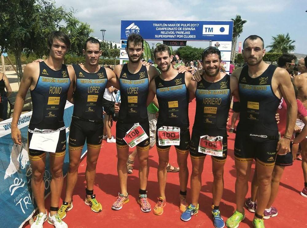 Equipo masculino del Casman Triatlón Albacete