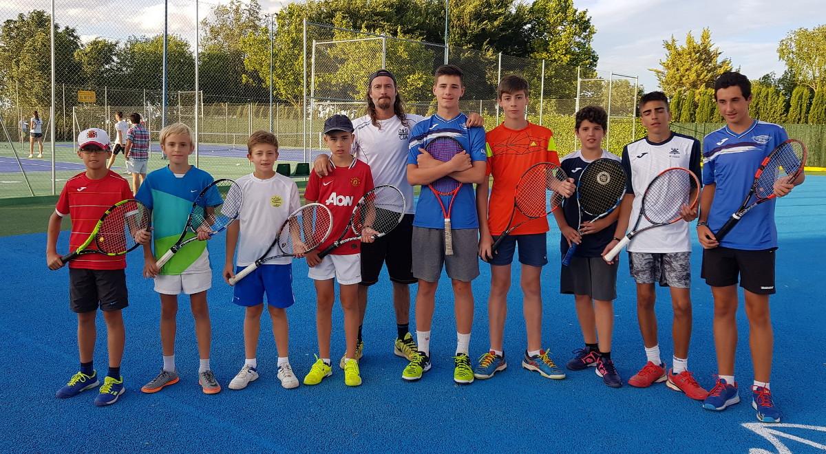 Equipos alevines e infantiles del Club Tenis Albacete
