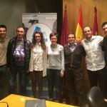Foto de familia con todos los ponentes e invitados de las jornadas (Foto: Prodepor)