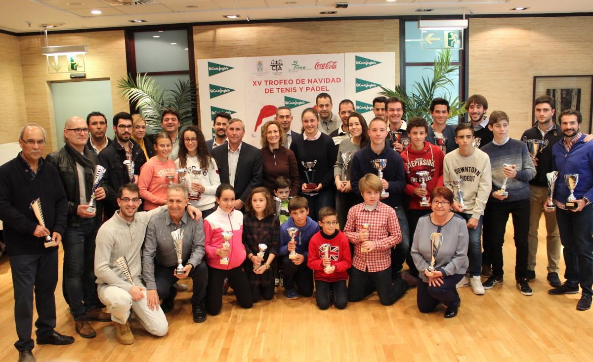 Foto de grupo del XV Trofeo de Navidad de Tenis y Pádel El Corte Inglés