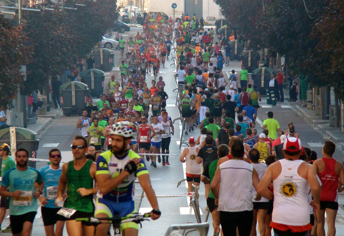 Gran Vía durante la Media Maratón de Hellín