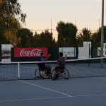 Iglesias y Villahoz se saludan tras su partido en el Trofeo Ciudad de Albacete de Tenis en Silla de Ruedas