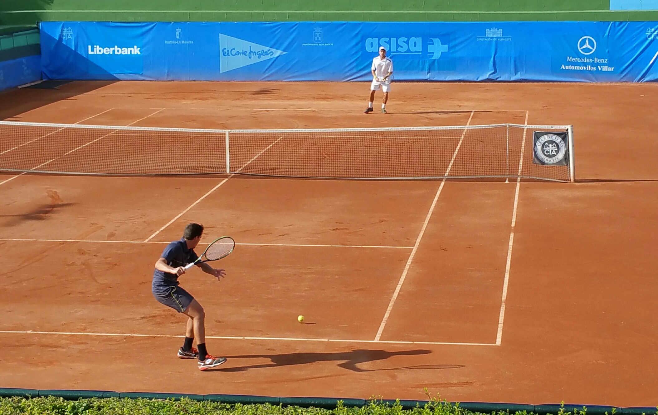 Imagen de un partido celebrado ayer en el Trofeo Internacional de Tenis Ciudad de Albacete