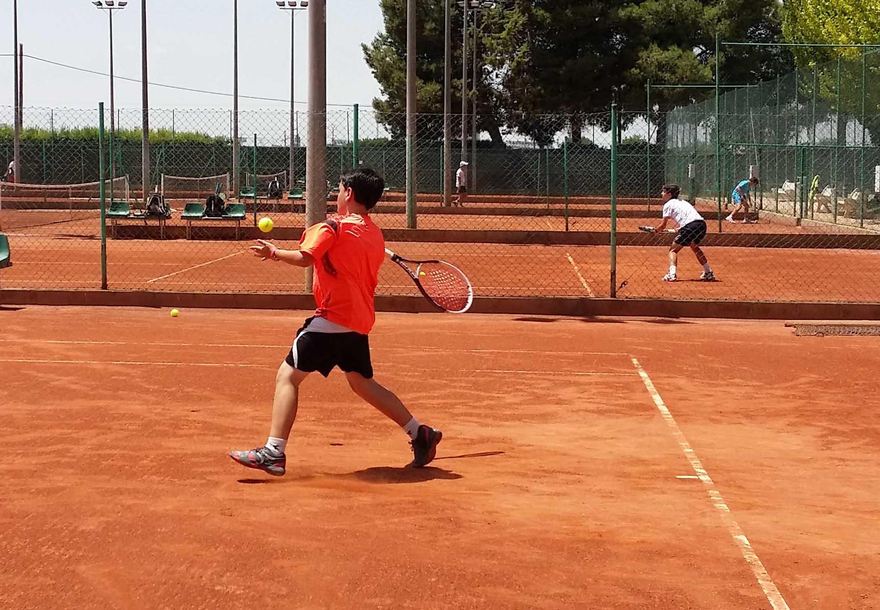 Imagen de un partido en el Club Tenis Albacete