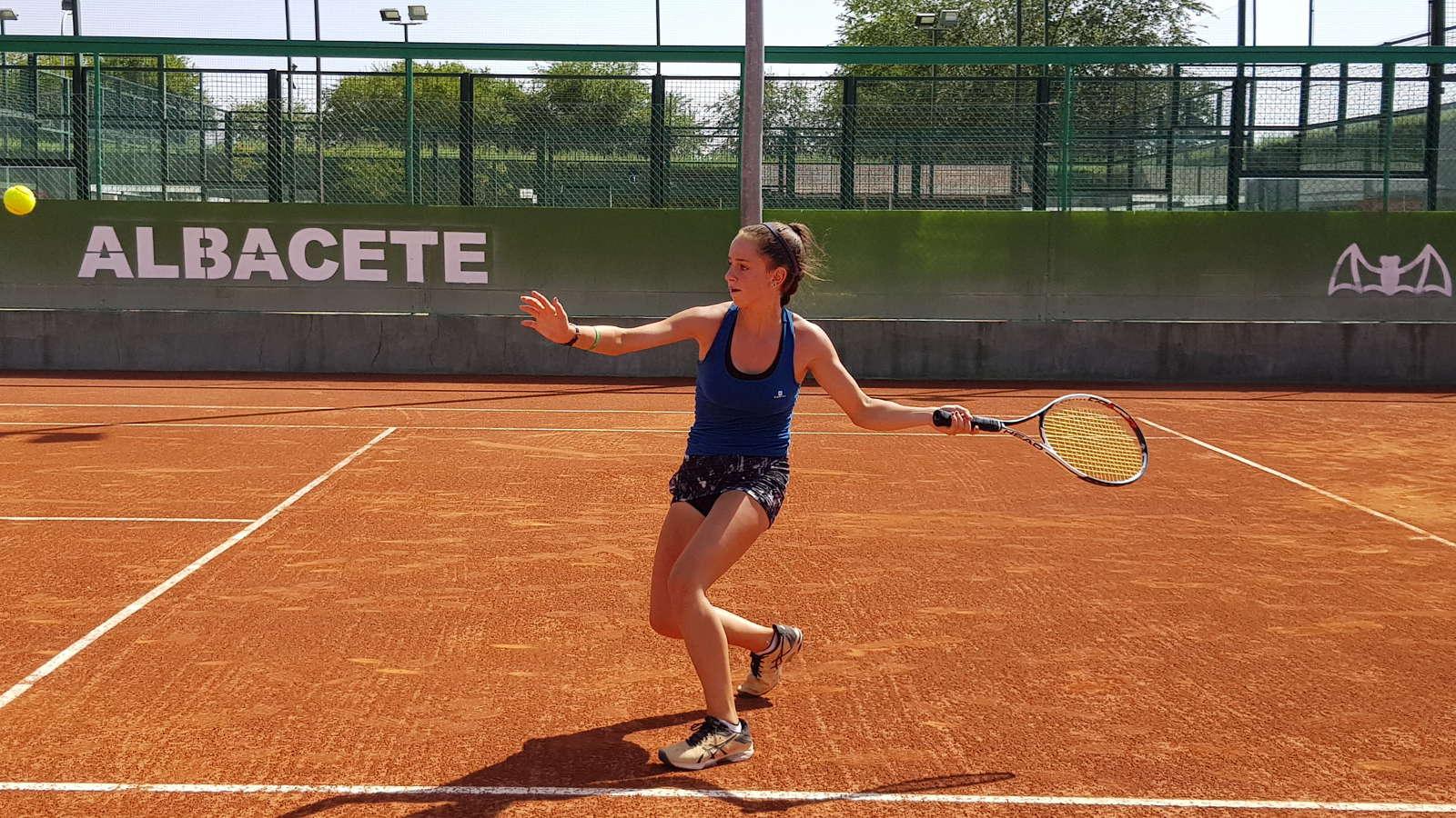 Imagen de una joven tenista