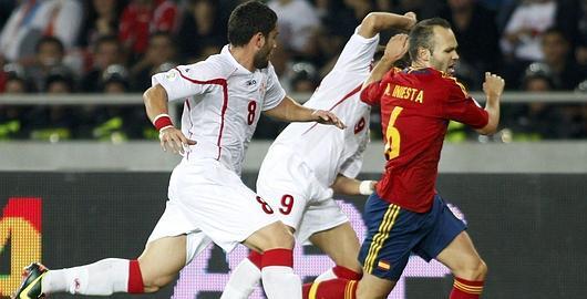 Andrés Iniesta ante Georgia