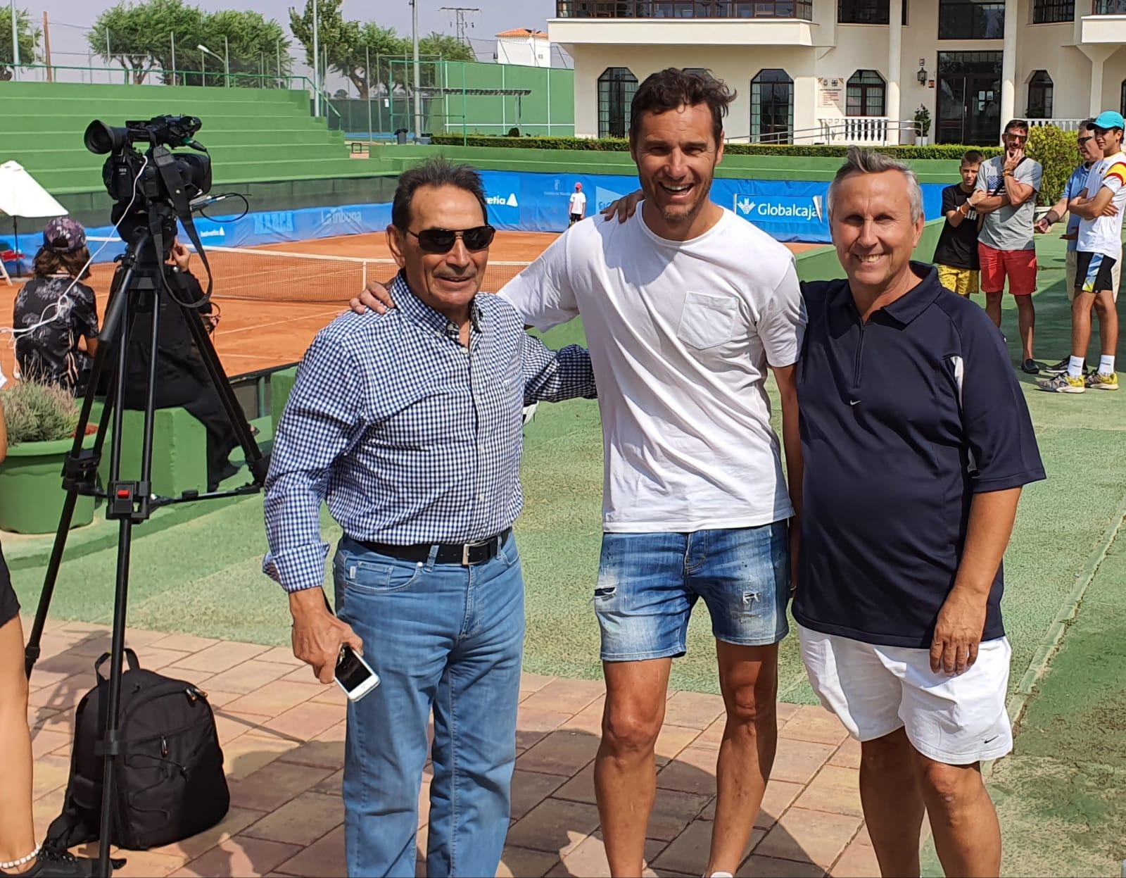 Iván Helguera en el Club Tenis Albacete