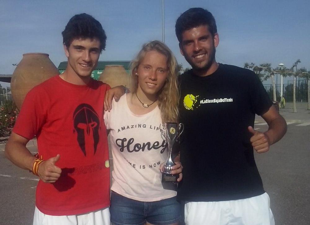 Jaime Castillo, Ainhoa Garijo y Luis Romero
