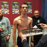 Jordi Martínez en un pesaje