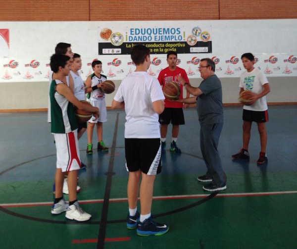 Juan Luis Morcillo durante el entrenamiento del Pinturas Rodafuerte CP La Roda