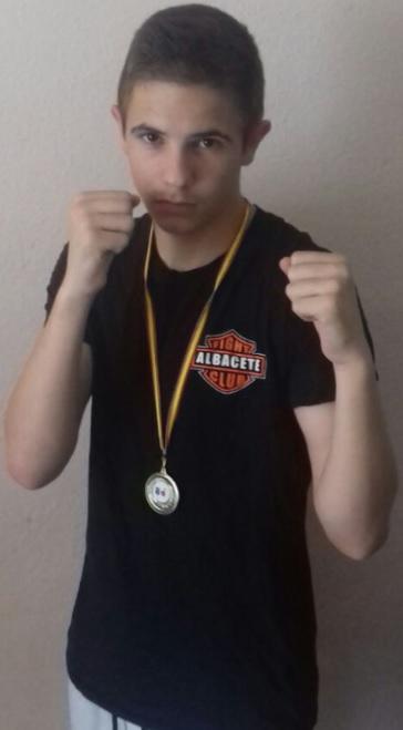 Kike García, boxeador del Fight Club Albacete