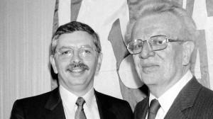 Larry O'Brien y David Stern (Foto: www.foxsports.com)