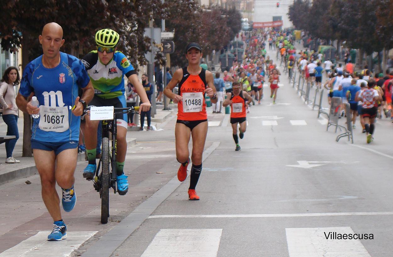Laura Villar en la Media Maratón de Hellín 2017