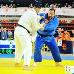 Luis Ángel Cánovas (azul), judoca albaceteño