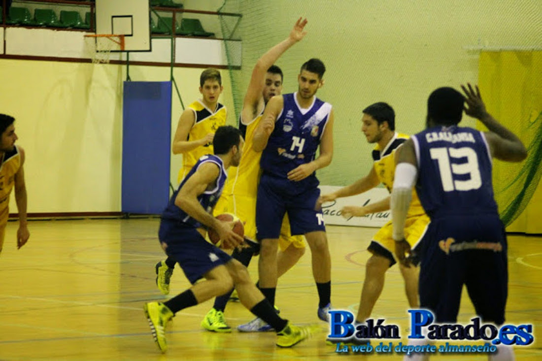 Partido disputado por el CB Almansa (Foto: www.balonparado.es)