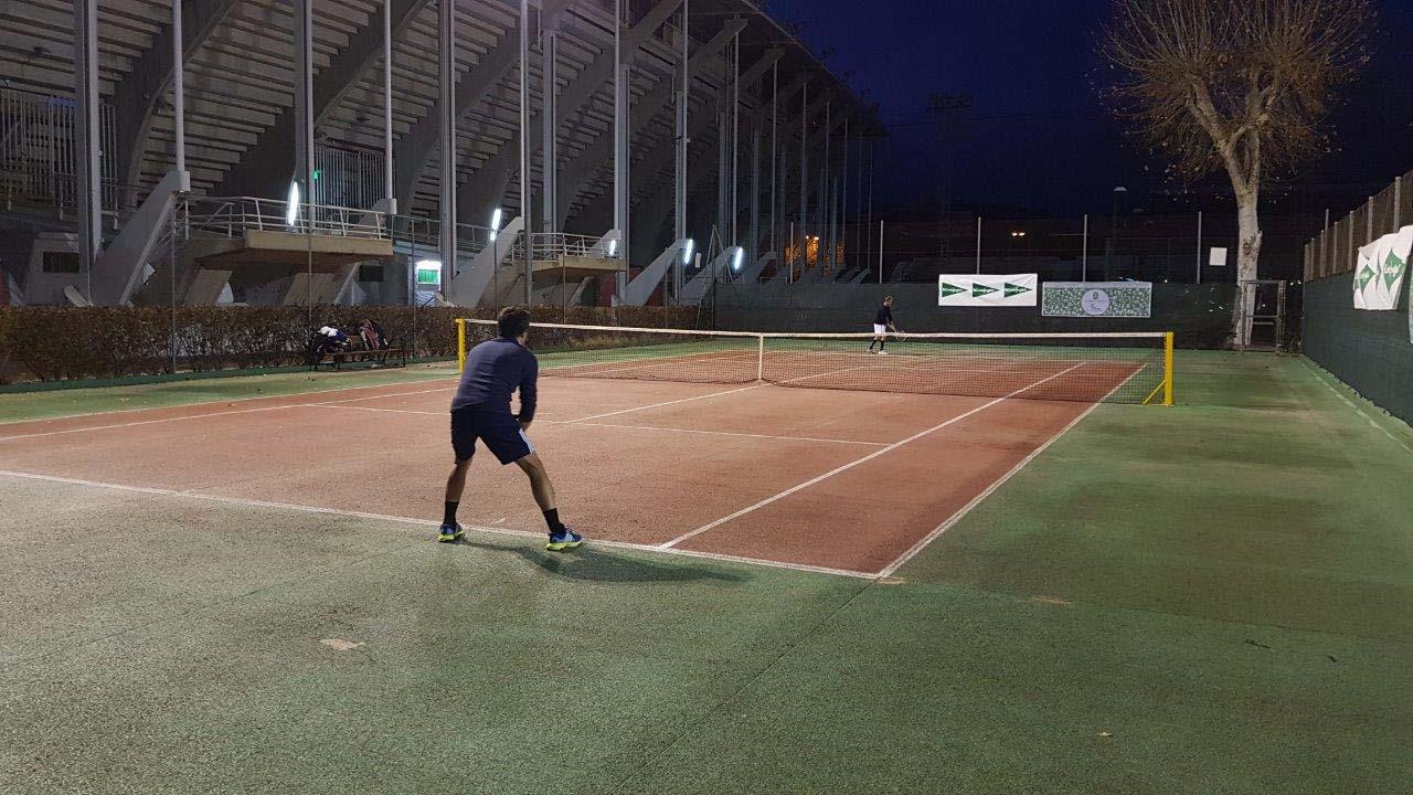 Partido nocturno en el Trofeo de Navidad de Tenis El Corte Inglés