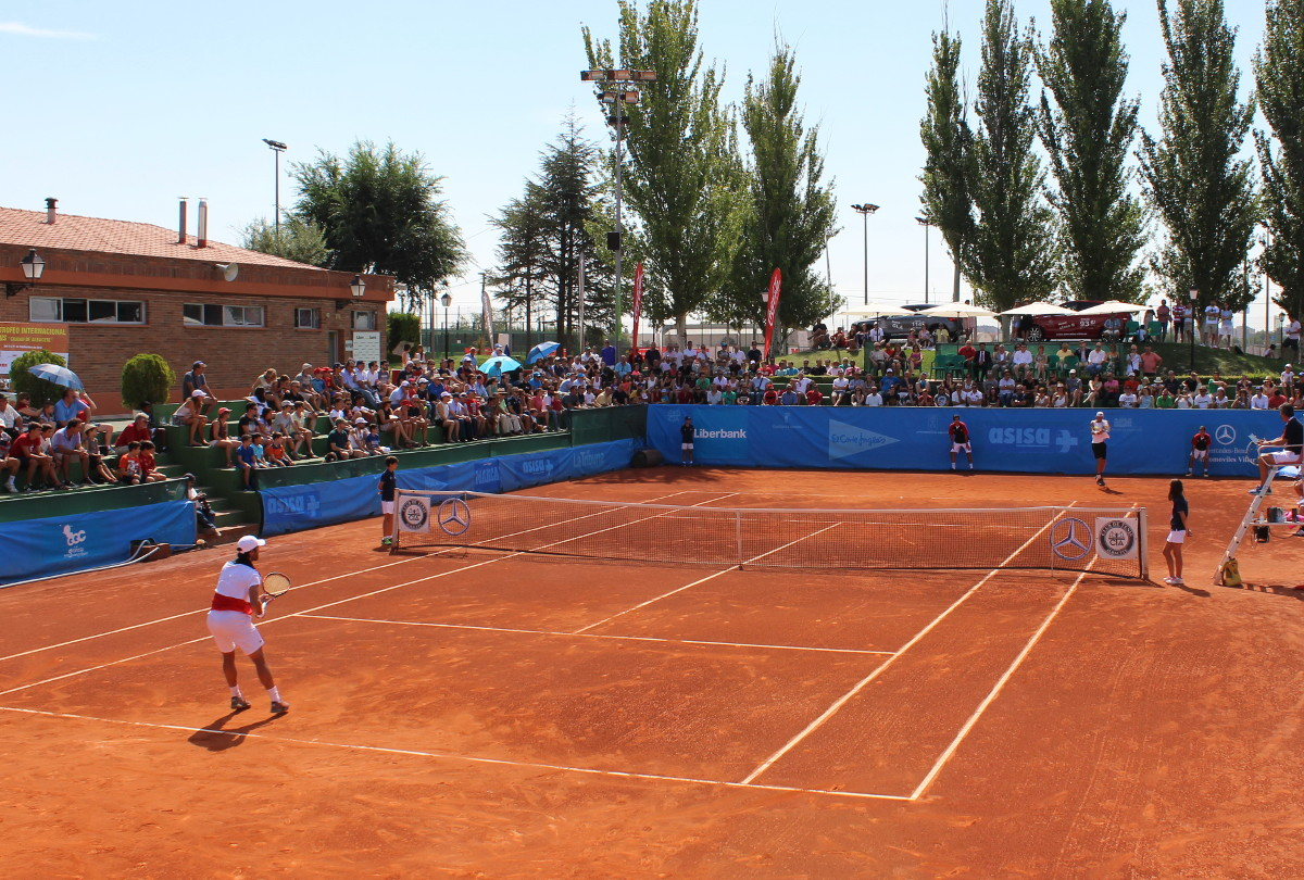 Pista central del Club Tenis Albacete en el Torneo Ciudad de Albacete 2016