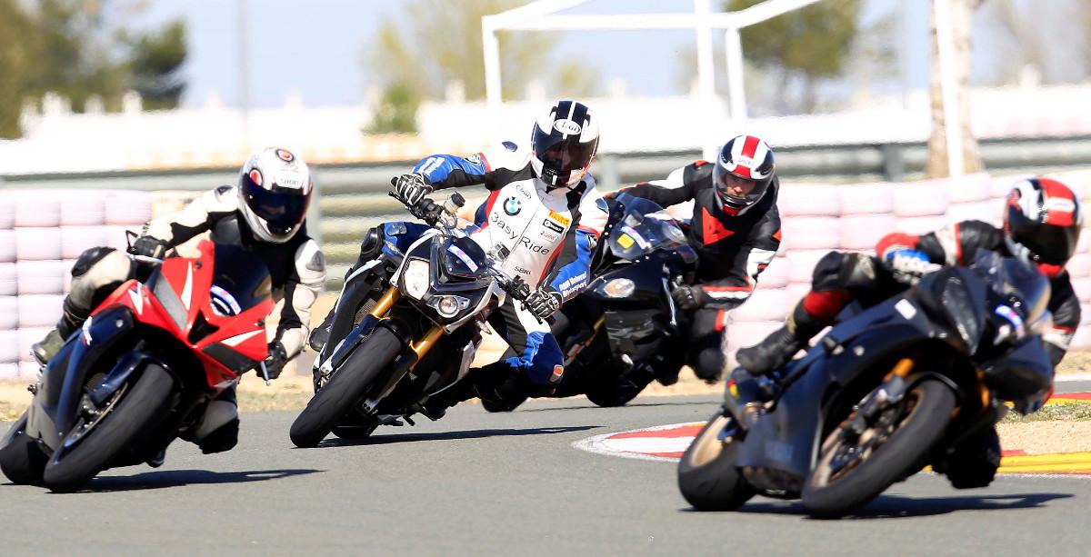 Rodada en el Circuito de Albacete (Foto: Alberto Ruiz)