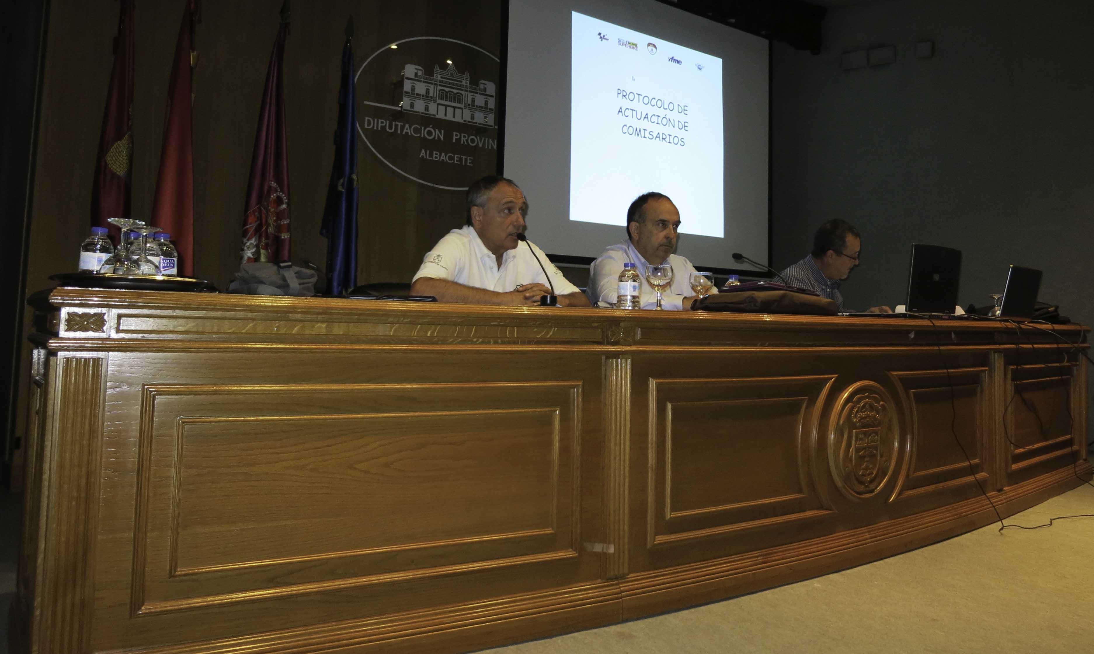 Seminario a comisarios del Circuito (Foto: Circuito de Albacete)