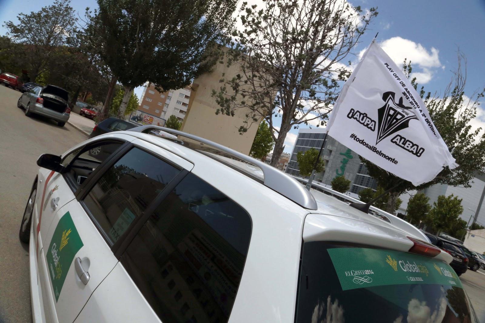 Taxi con bandera del Albacete