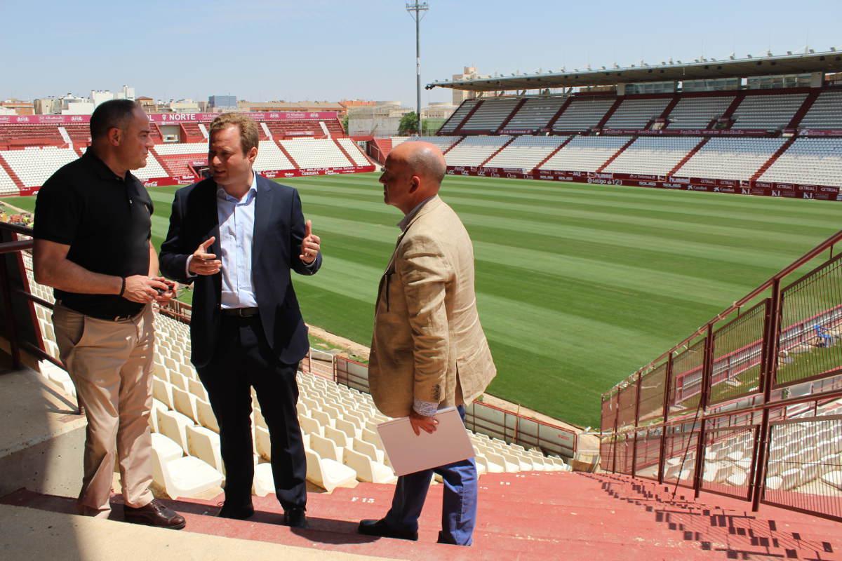 Visita al Carlos Belmonte del alcalde Vicente Casañ