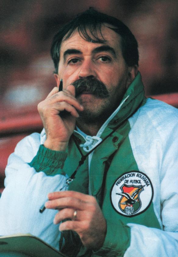 Xabier Azkargorta (Foto: www.http://historiadelfutbolboliviano.com)