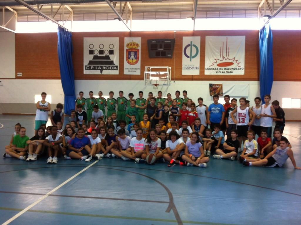 Escuela de Baloncesto CP La Roda